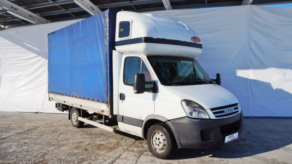 Iveco: véhicules d'occasion, utilitaires, fourgons et fourgonnettesIveco | AC Dodávky
