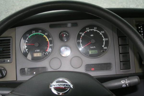 Dodávka Nissan Atleon - 9