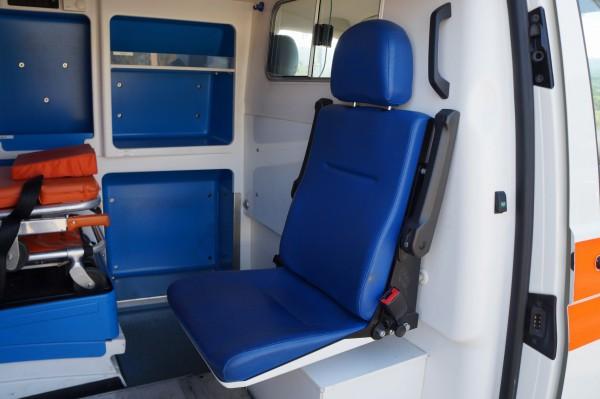 Dodávka Volkswagen Caravelle 2.5TDI SANITKA - 13