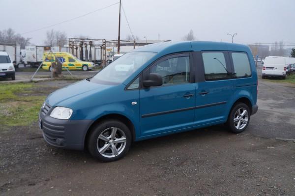 Dodávka Volkswagen Caddy 1.9TDI long 7 míst klima