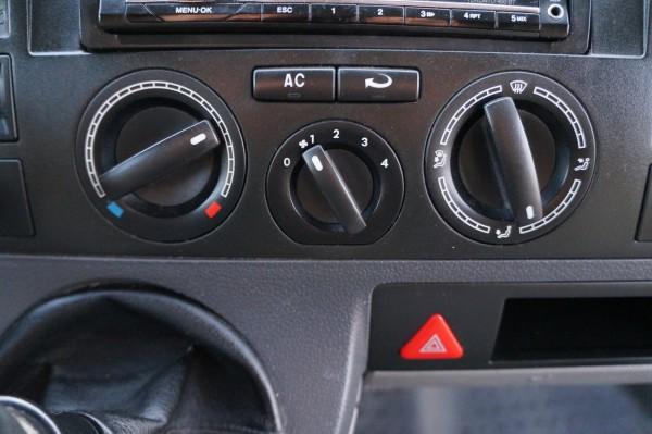 Dodávka Volkswagen Transporter 1.9TDI/75kw klima - 13