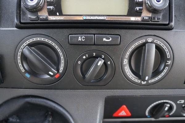 Dodávka Volkswagen Transporter 2.5tdi/96kw 4 MOTION klima - 13