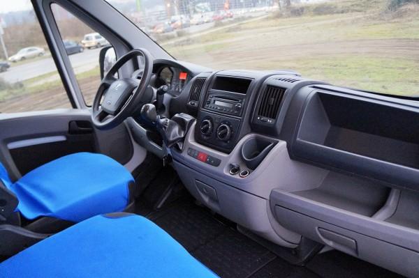 Dodávka Peugeot Boxer 2.2HDI/88kw valník 8 PALET plachta spaní - 11