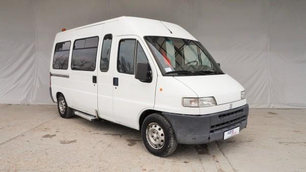 Renault: bazár, dodávky a úžitkové vozidlá a vozidláRenault | AC Dodávky