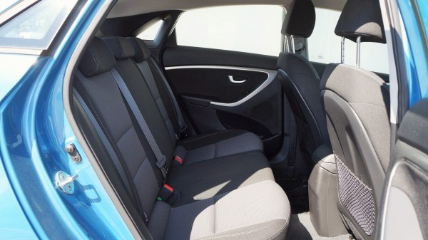 Hyundai: Базар, фургоны и грузовые автомобили и транспортные средстваHyundai   AC Dodávky