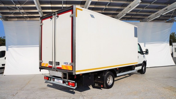 Iveco: bazar, dodávky a užitkové vozy a vozidlaIveco | AC Dodávky