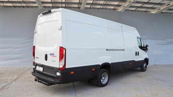 Iveco: Bazaar, Lieferwagen und Nutzfahrzeuge und FahrzeugeIveco | AC Dodávky