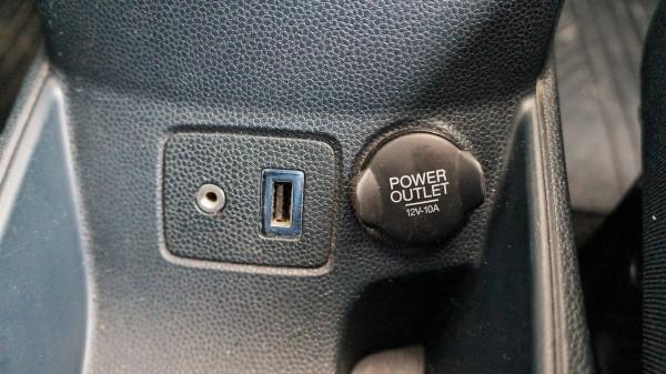 Ford: Bazaar, Lieferwagen und Nutzfahrzeuge und FahrzeugeFord | AC Dodávky