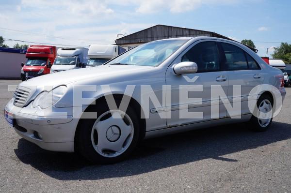 Mercedes-personnel